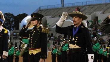 veterans salute at apogee stadium