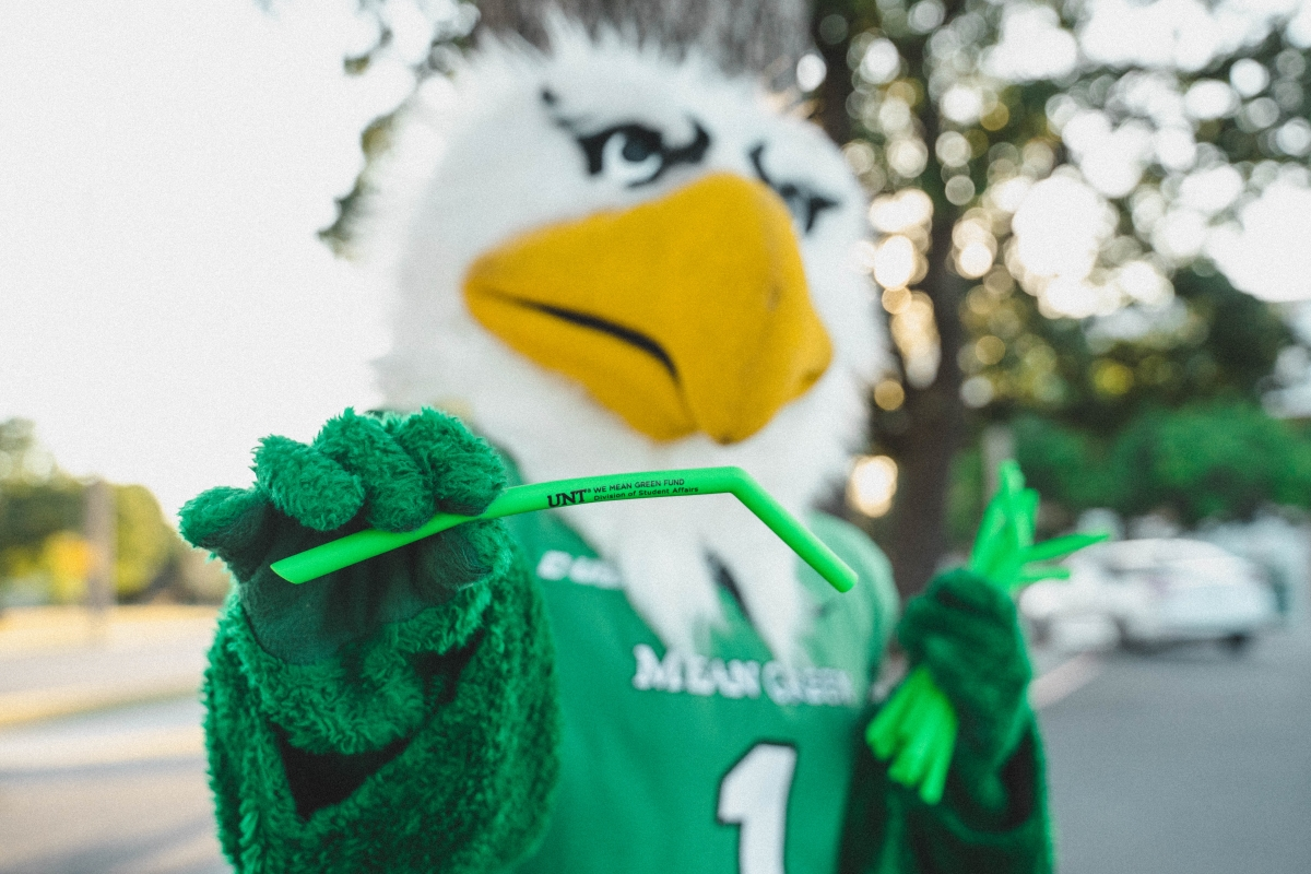 Scrappy with a reusable straw